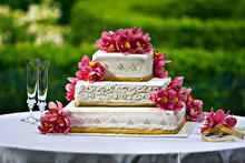 Great Wedding Cakes for Chief Outsiders Blog