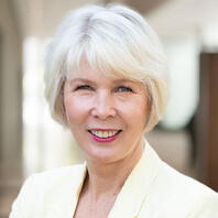 Karen Hayward Headshot