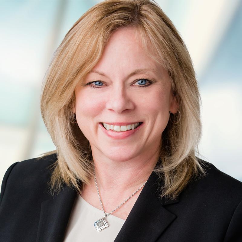 Carol Eversen Headshot