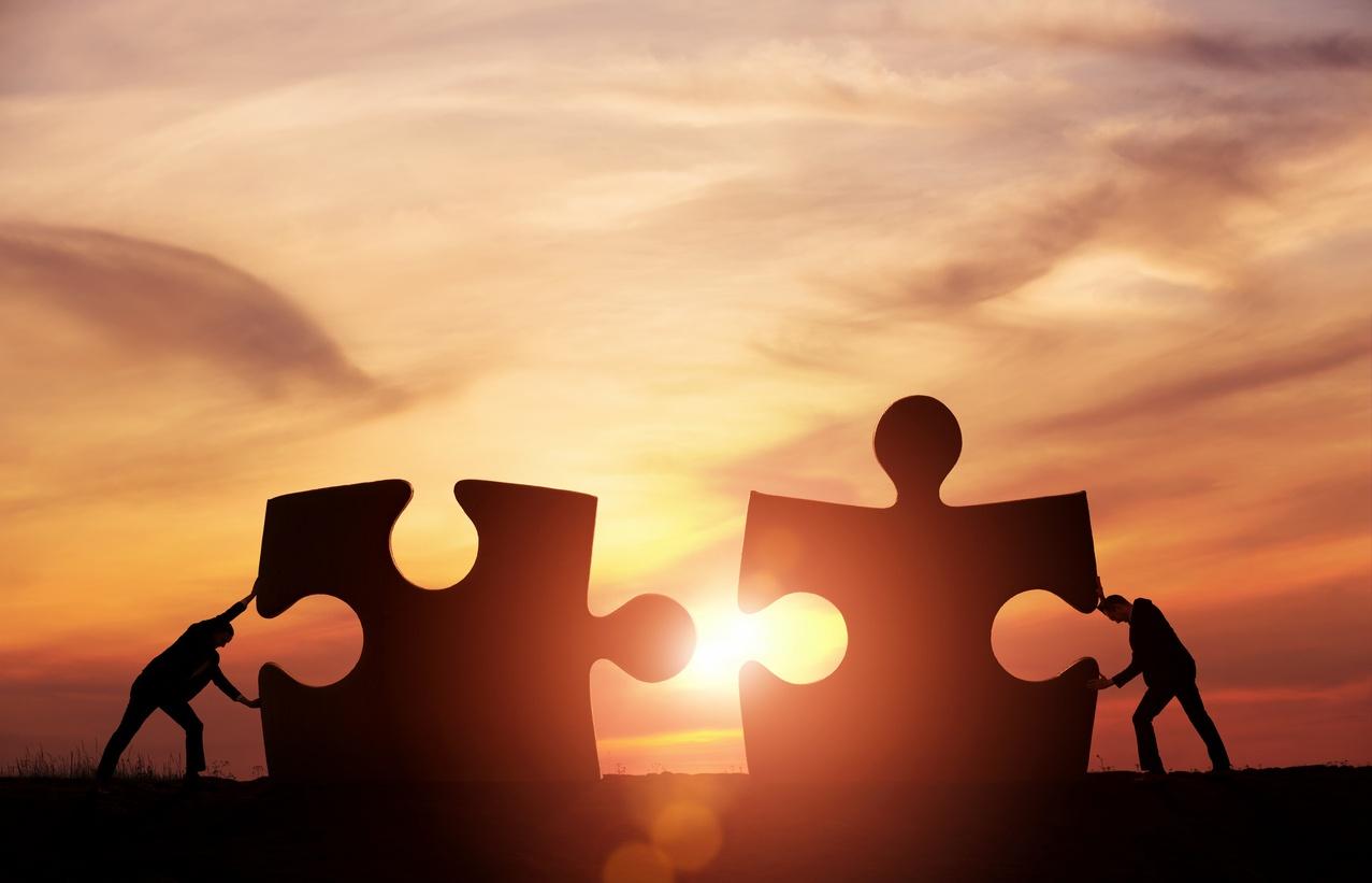 cultivating-lead-customer-relationships.jpg